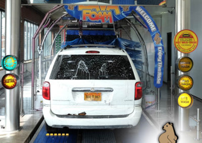 buddy-bear-car-wash-95th-45